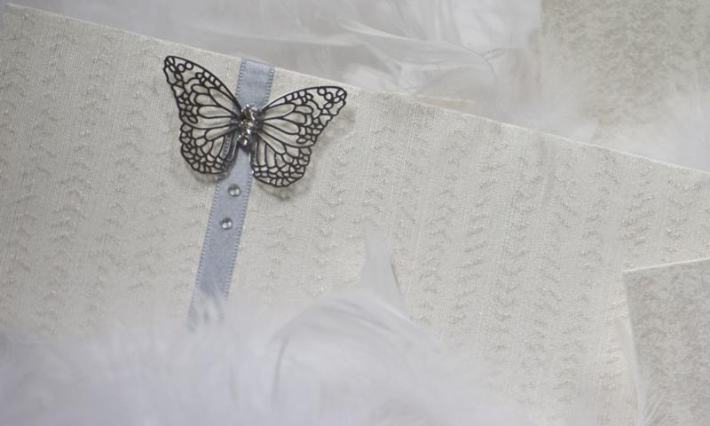 Invitación de boda en papel de hilo.