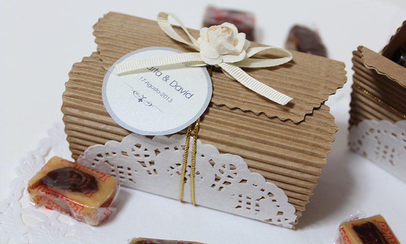 Detalles para regalar en la boda. Caja de toffees.